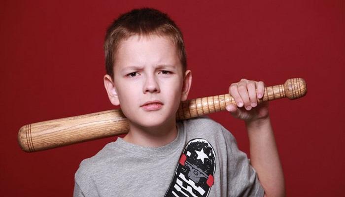 اختلال سلوک در کودکان و نوجوانان چیست؟