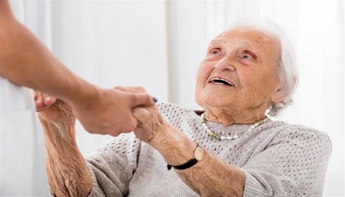 دوران سالمندی و چالش های آن
